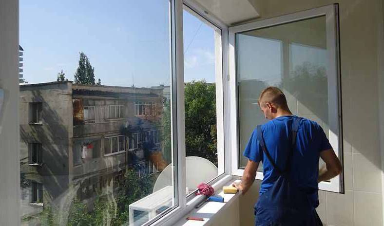 Ремонт окон балкона