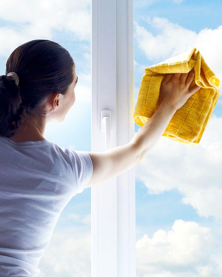Как выбрать средство для ухода за окнами ПВХ